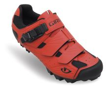 Tretry GIRO PRIVATEER glowing red/black
